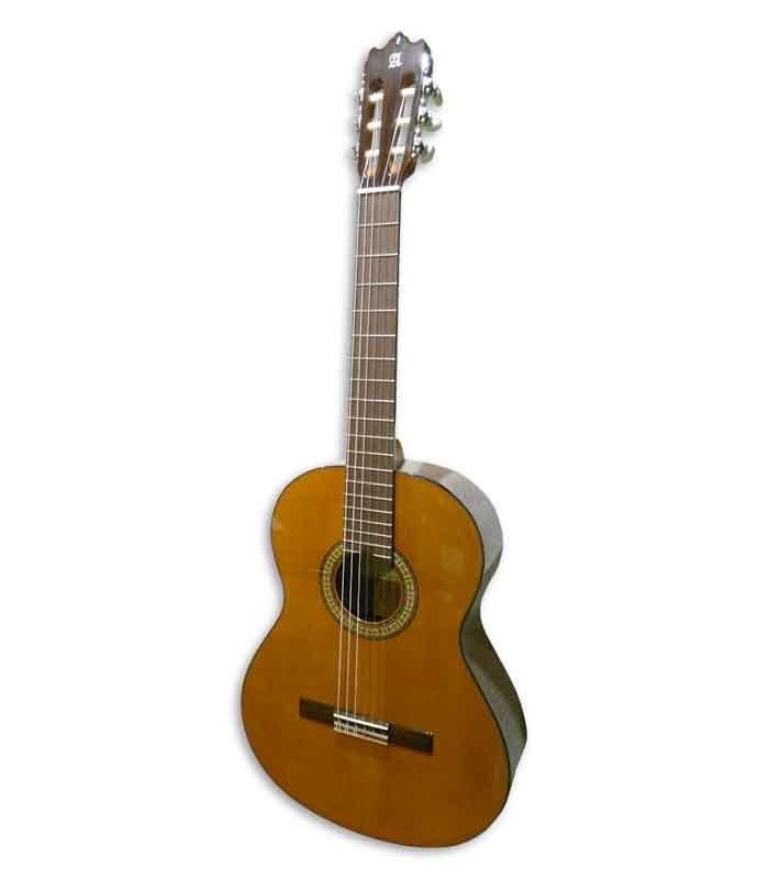 Foto a 3/4 de la guitarra clásica Alhambra 3C E1
