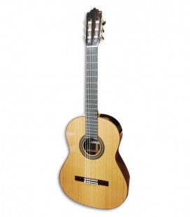 Foto de la guitarra Paco Castillo modelo 240 de frente y en trés cuartos
