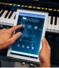 Photo app of system Adsilent for upright piano