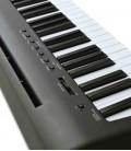 Foto do painel de controlo do Piano Digital Kawai modelo ES110