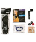Photo of the Folk Guitar accessories from the Yamaha F310 pack