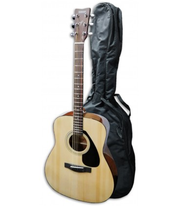 Photo of the Folk Guitar from the Yamaha F310 pack with a bag