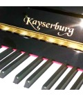 Teclado e logotipo do piano Kayserburg KAM2