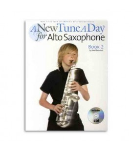Livro Music Sales BM12155 A New Tune a Day Alto Sax Book 2 com CD